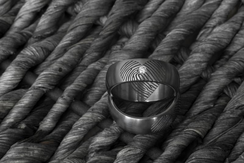 Vingerafdruk ringen / Half hart aan de binnen- en buitenzijde