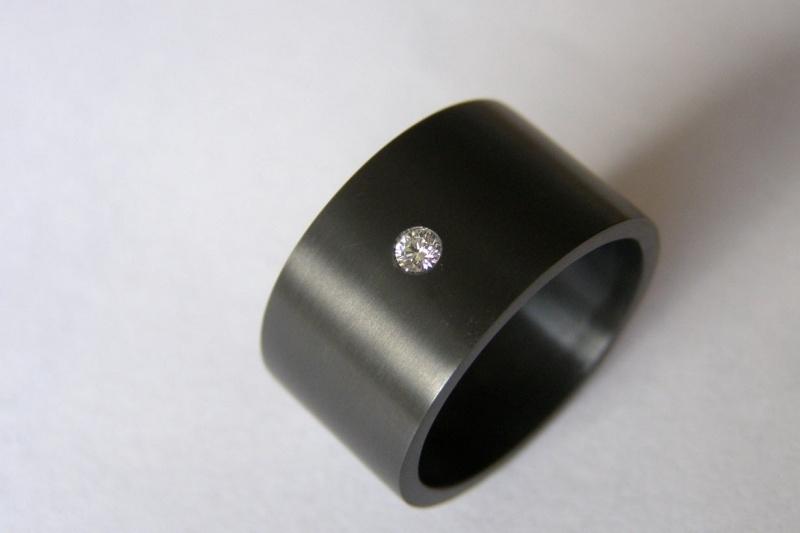 Zirkonium met diamant.