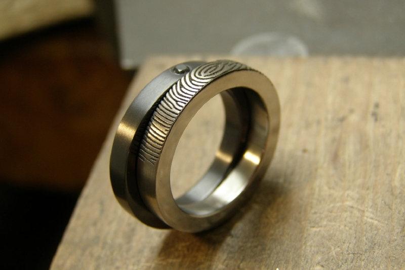 Zirkonium en Titanium vingerafdruk ring Duo 180c