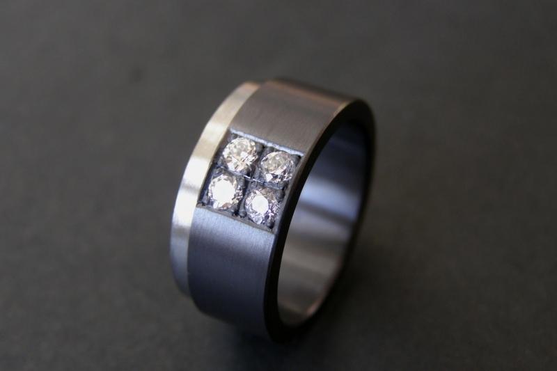 Zirkonium ring met pave zetting