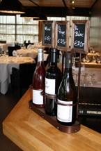 wijnflessen standaards voor op tafel
