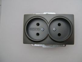 Dubbel  Stoptcontact