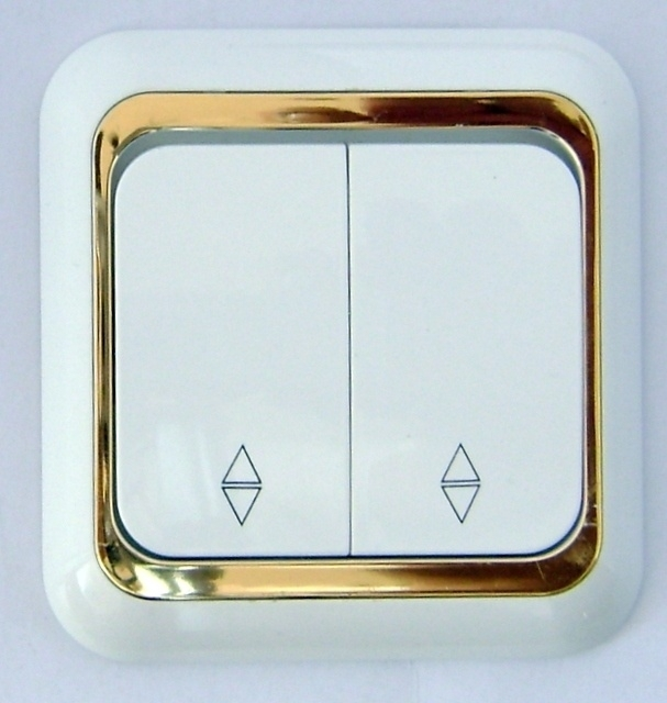 ( Kruis) Wisselschakelaar ,Vavien-wit/goud .hotel x   (compleet)