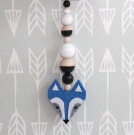 Hanger wasbeer blauw-zwart