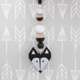 Hanger vos zwart
