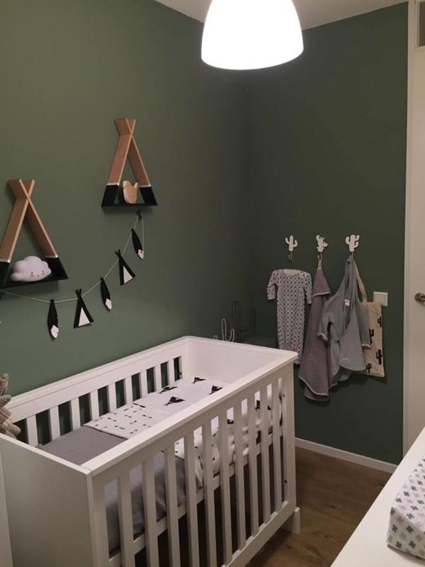 Tipi's en cactussen, babykamer van Irene