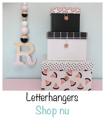 Letterhangers