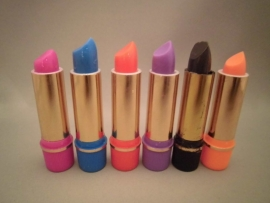 Henna lipstick
