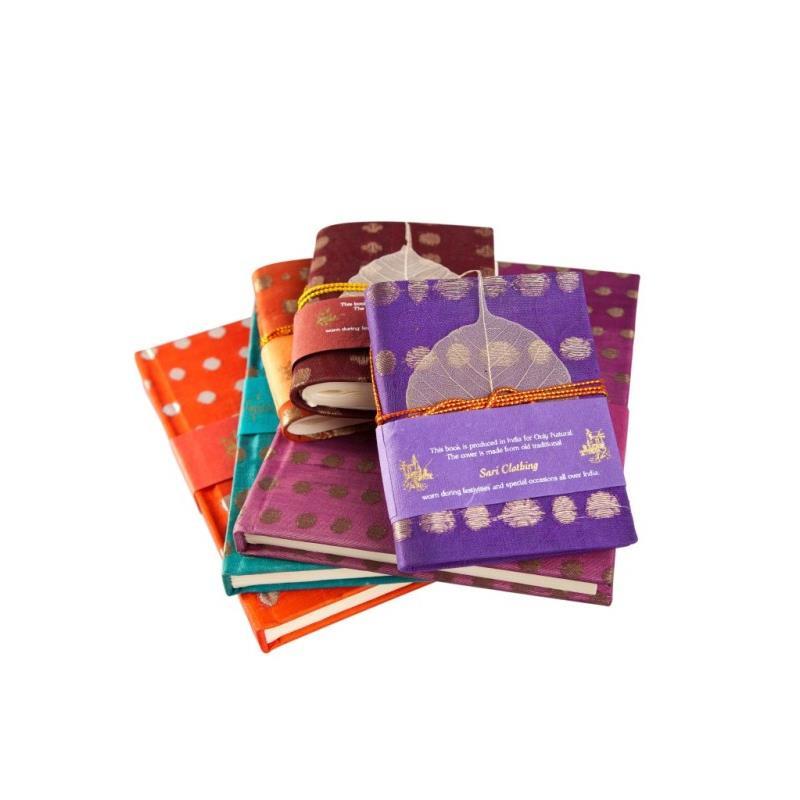 Sari boekje met koord - klein