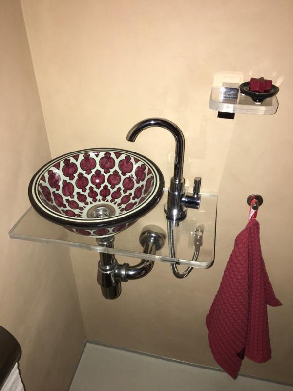 Marokkaanse waskom in het toilet...