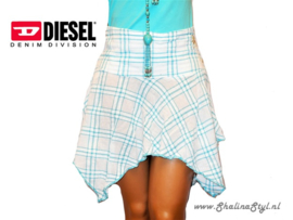 18 KP833  DIESEL 38 / 40 Reserved/Sold