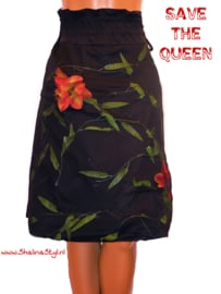 # W RQ574 NEW SAVE*THE*QUEEN M L SOLD