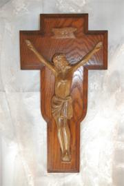 Prachtig brocant eikenhouten kruisbeeld met Jezus (51 cm)
