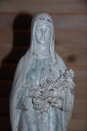 Mooi Mariabeeld van 35 cm hoog. (brocante uitstraling)