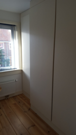 inbouwkast slaapkamer (geschilderd multiplex)