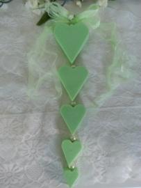 Zelf zeepketting maken 5 harten kunststof parels