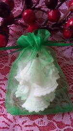Kerstklokken 8,5 x 6cm in organza zakje