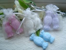 Organzazakje met snoepjes van zeep 10 st.