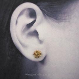 zeeuwsknoopje oorstekers in zilver of 18k geelgoud