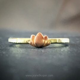 verlovingsring met lotus