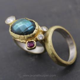 ringen met symboliek