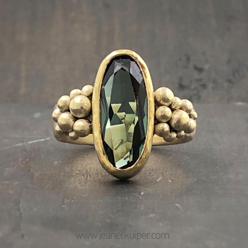 vermaakte ring