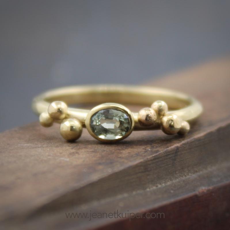 ring met saffier