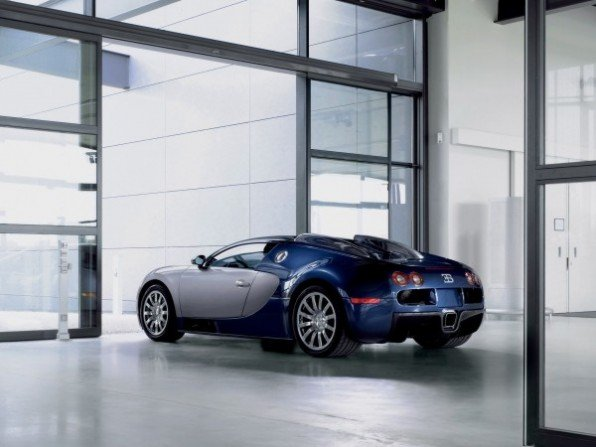 2006-bugatti-veyron-workshop-in-molsheim-rear-angle-600x450.jpg