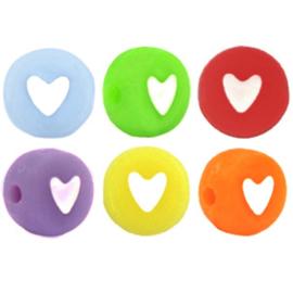 "Letterkraal ""hartje"" acryl plat rond 7mm multicolor 5 stuks"