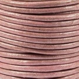 DQ Leer rond 2mm violet metallic per 20cm