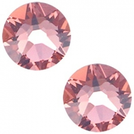 Swarovski Elements SS34 flatback Xirius Rose blush rose 28685