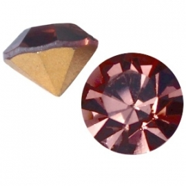 Preciosa puntsteen SS29 6.2mm Light Burgundy 16186