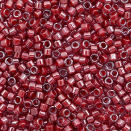 Miyuki delicas 11/0 (2mm) cranberry lined luster crytal red 280
