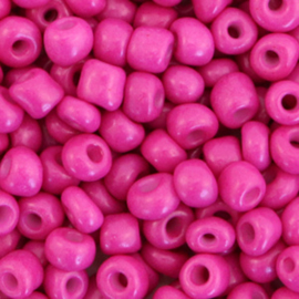 Rocailles 4mm 6/0 cerise pink 68262