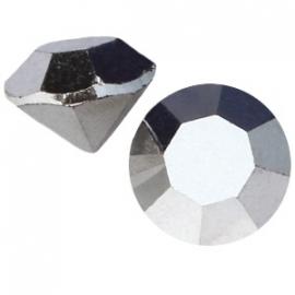 Preciosa puntsteen SS39 8mm Crystal Labrador 16181