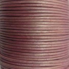 DQ Leer rond 2mm pink metallic per 20cm