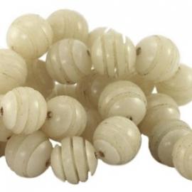 Buri zaden kraal rond 10mm naturel