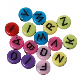 Platte ronde letterkraal 7mm diverse kleuren acryl