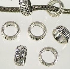Metalen ring bewerkt 10x5mm antiekzilver