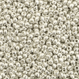 Miyuki rocailles 11/0 (2mm) galvanized silver 11-1051