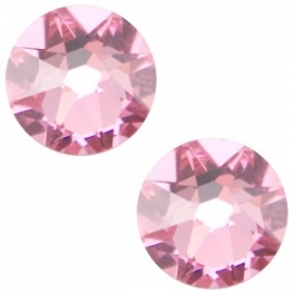 Swarovski Elements SS34 flatback Xirius Rose light rose 26955