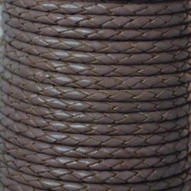 DQ Leer rond gevlochten 3mm taupe bruin