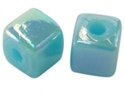 Acrylkraal 4x4mm vierkant aqua AB