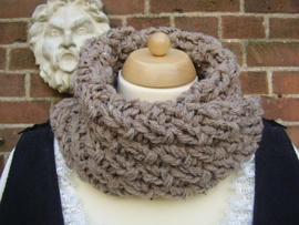 CO02 - Cowl in Outlander stijl - lichtbruine tweed