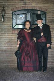 DJ05 - Vroeg-Victoriaanse jurk met zwart kant
