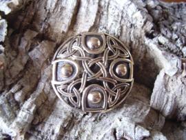 BR01 - Keltische noppenbroche van brons