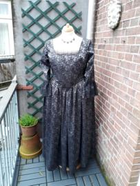 DJ07 - 18e eeuwse tweedelige jurk