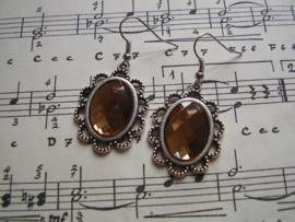 OB07 - Victoriaanse oorbellen met goudbruine facetsteen