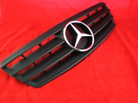 Mercedes W203 C Klasse AMG Look Grill Matzwart Met chromen Ster Bj 2000-2008