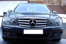 Mercedes W211 E Klasse AMG Look Grill Zilver/Chroom Bj 07/2006-2009